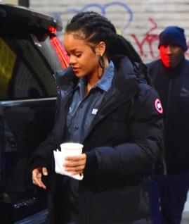 Rihanna heading to Ocean's Eight set on December 9, 2016