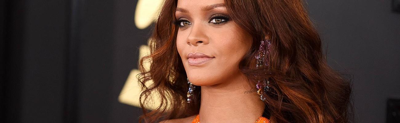 Rihanna attends 2017 Grammy Awards