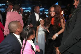 Rihanna attends 2017 Grammy Awards with Jay-Z, Blue Ivy