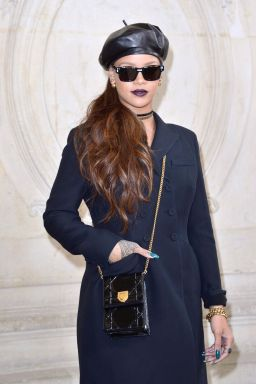 Rihanna attends Dior fashion show in Paris on March 3, 2017