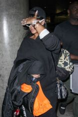 Rihanna at LAX Airport in Los Angeles on April 24, 2017 pictures