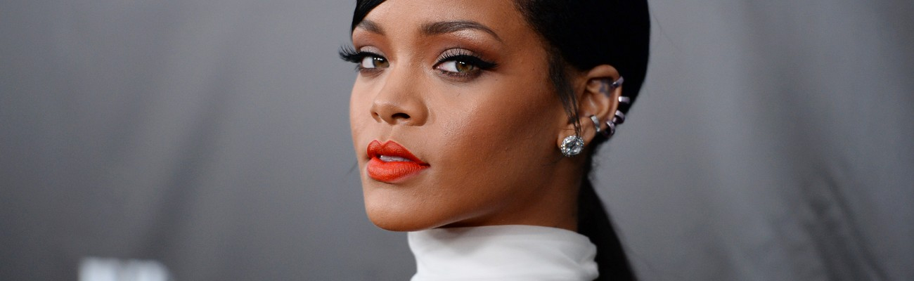 Rihanna scores her 17th No. 1 on Rhythmic Songs chart