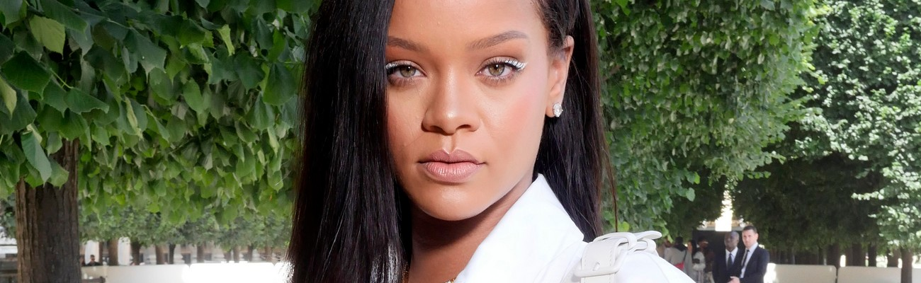 Rihanna attends Louis Vuitton fashion show in Paris, June 2018 - see photos