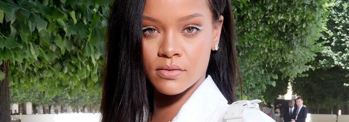 Rihanna attends Louis Vuitton fashion show in Paris