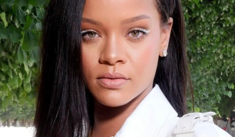 Rihanna attends Louis Vuitton fashion show in Paris, June 2018 - see photos