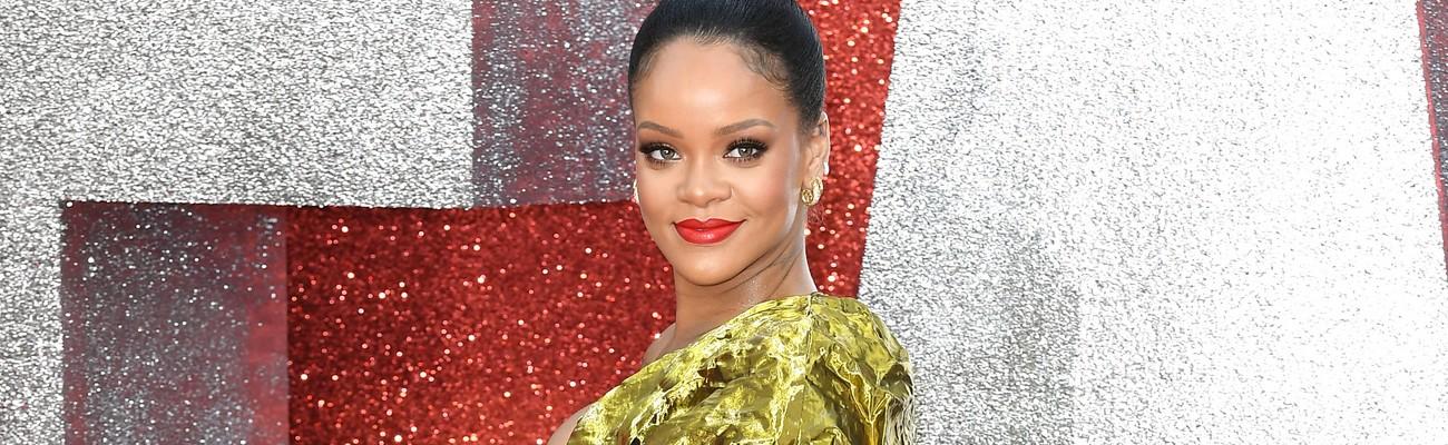 Rihanna steals the show at Ocean's 8 London premiere
