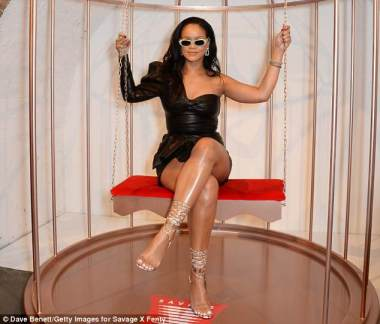 Rihanna visits Savage x Fenty pop up shop in London on June 15, 2018 pictures