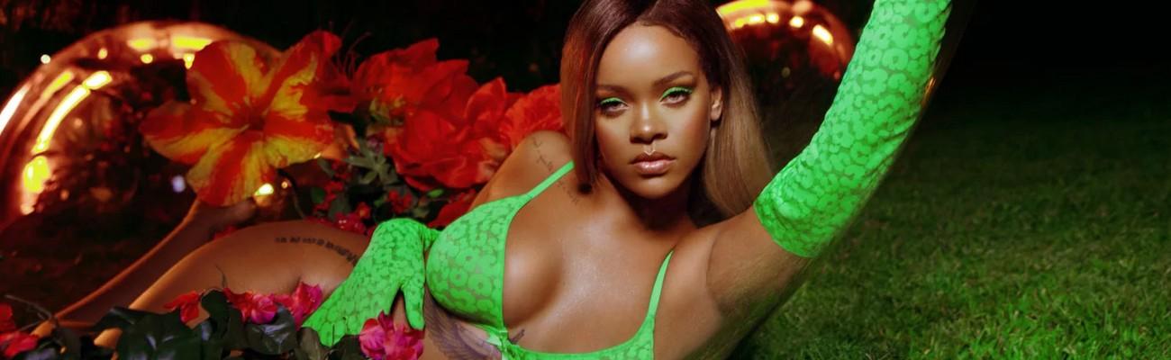 Rihanna celebrates womanhood at NYFW