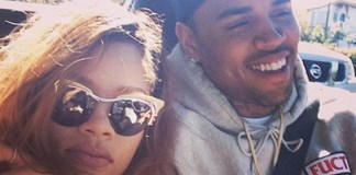 Selfie - Chris Brown e Rihanna