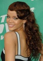 rihanna alluring cascading curls