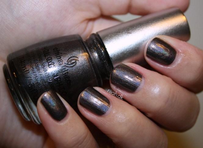 China Glaze Galactic Gray China Glaze Hologlam Holographic
