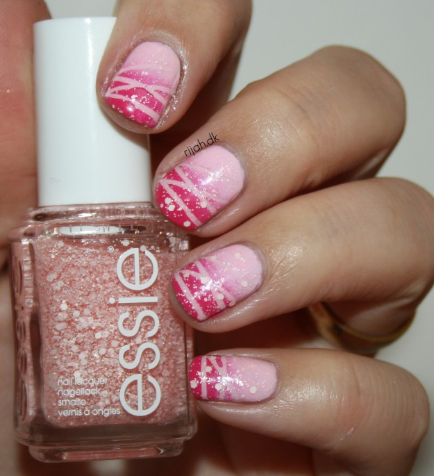 31DC2014 31: Honor nails you love Striped Gradient