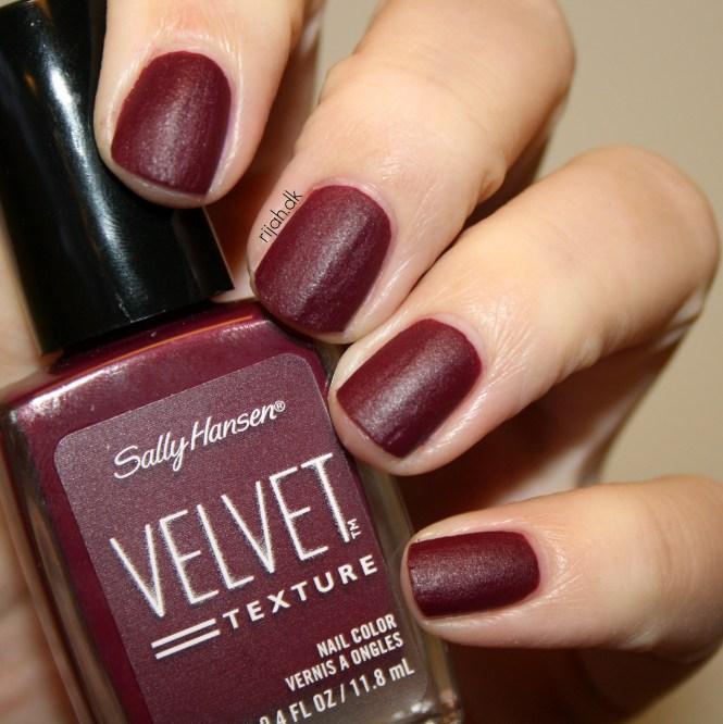 Sally Hansen Velvet Texture og Luxe Lace Lavish
