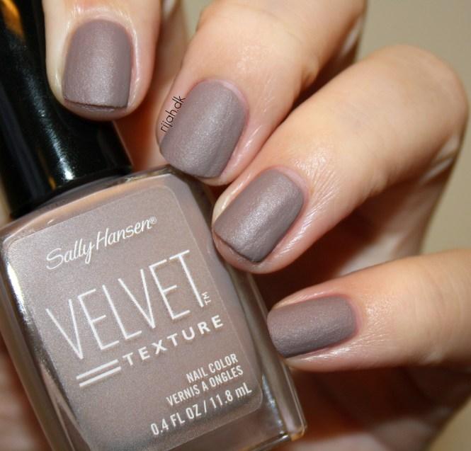 Sally Hansen Velvet Texture og Luxe Lace Lush