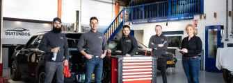 Sterkste Schakel genomineerde: Buitenbos Auto's & Buitenbos Customs