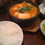 牛角食堂で豚豆腐チゲ定食を食べた