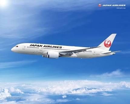 JAL B787-8
