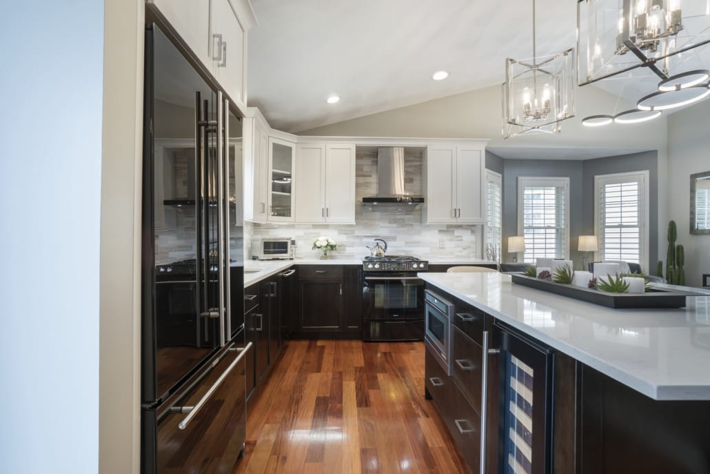 Two Tone Modern Kitchen Rhode Kitchen Amp Bath Design Build