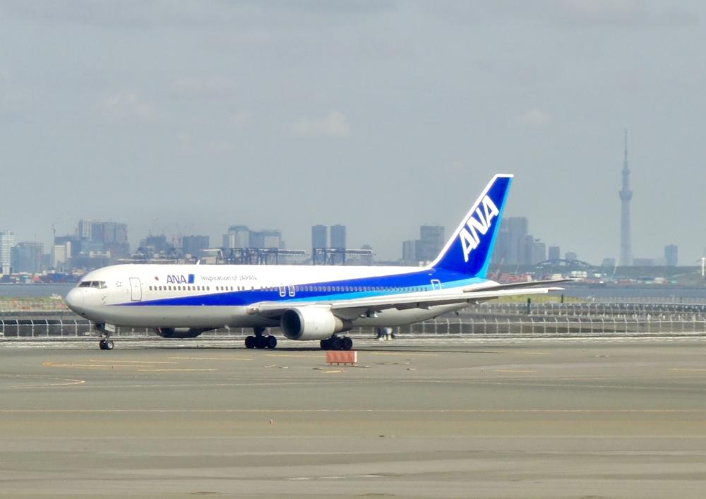 羽田空港航空会社ラウンジとカードラウンジの違いって?