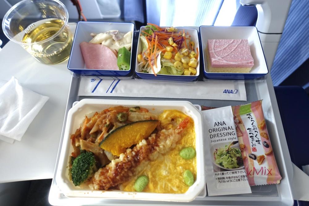 ANA851 羽田ー松山 エコノミー機内食