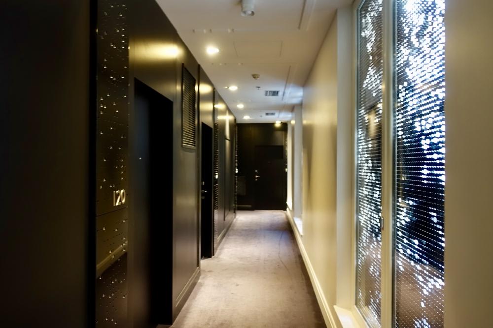 Wパリ オペラ 2階の廊下