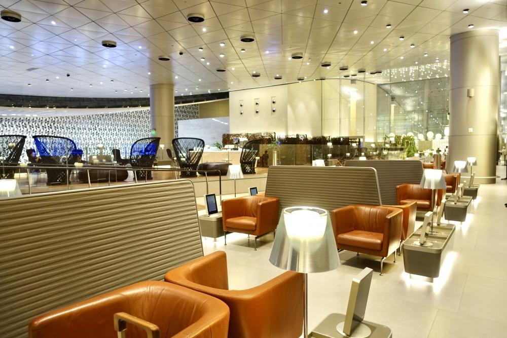 カタール航空ドーハ国際空港アルムルジャンビジネスラウンジ