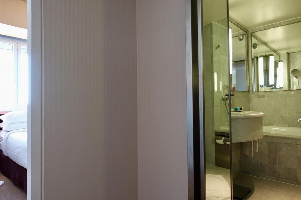 シェラトン・パリ・エアポートホテル&コンファレンスセンターバスルーム