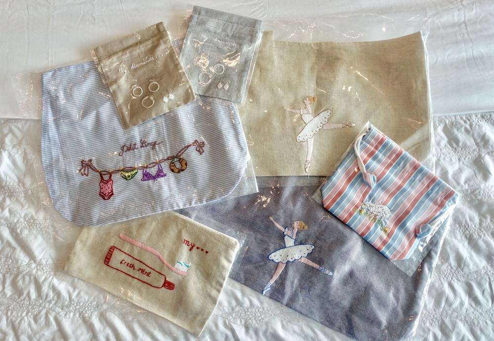 ニンクーンで購入したベトナム刺繍巾着の数々