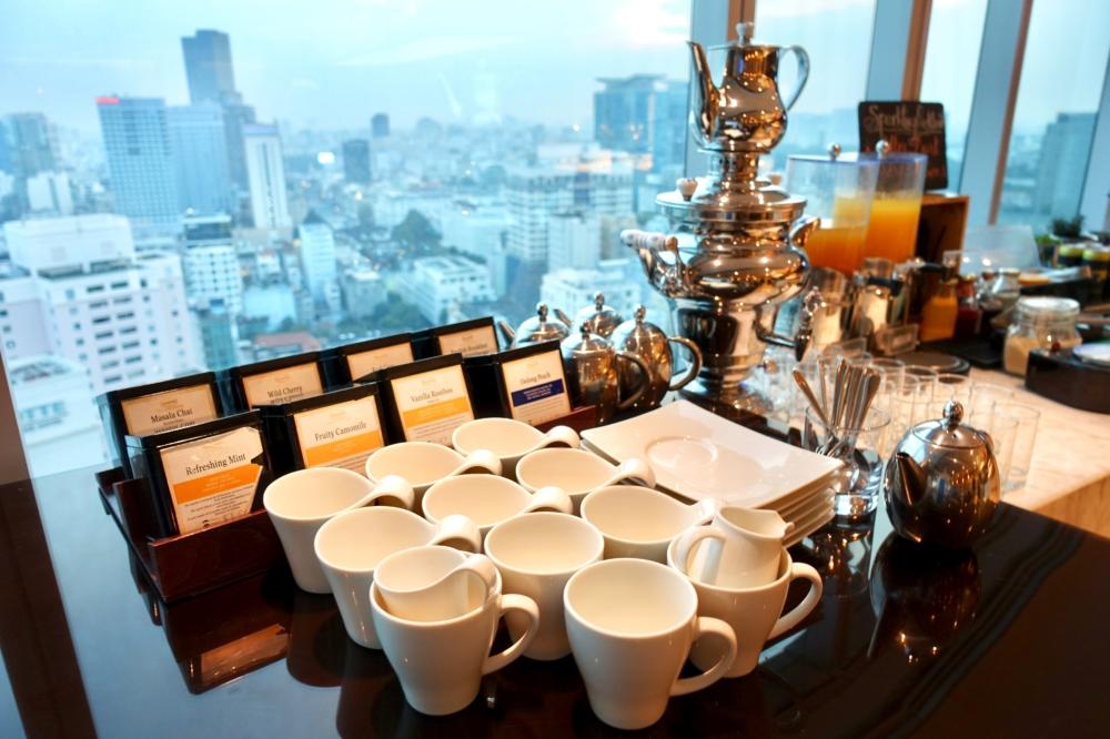 ルメリディアンサイゴン22階のクラブラウンジフードカウンター紅茶