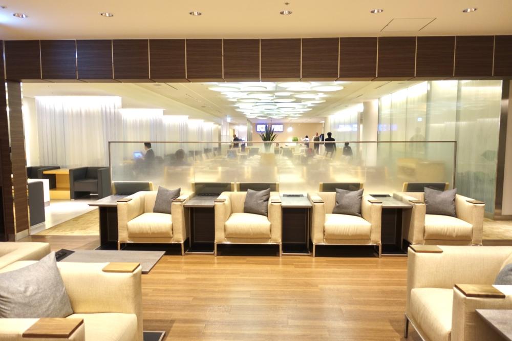成田空港ANAアライバルラウンジ内部の様子