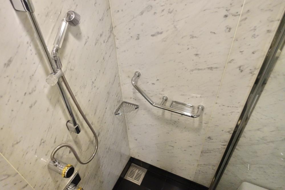 ウェスティンホテル大阪ジュニアスイート・シャワーブース