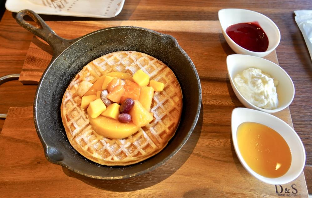 シェラトン・グランデ・トーキョーベイ・ホテル/ガレリアカフェの朝食メニュー/メインディッシュ・オムレツ