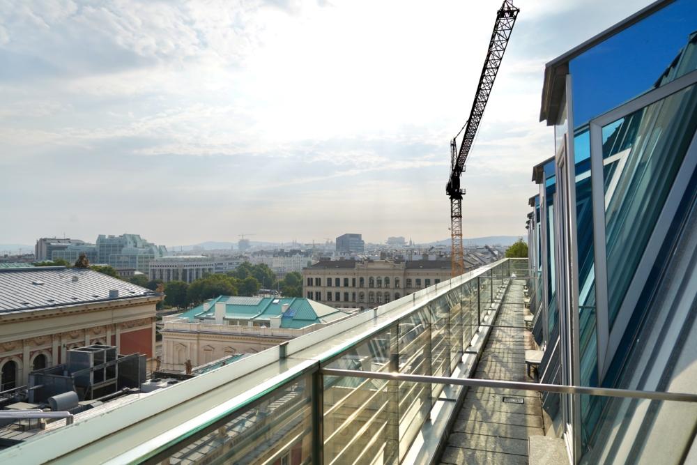ホテルインペリアルウィーン・エグゼクティブジュニアスイート・バルコニーからの眺め・楽友協会側
