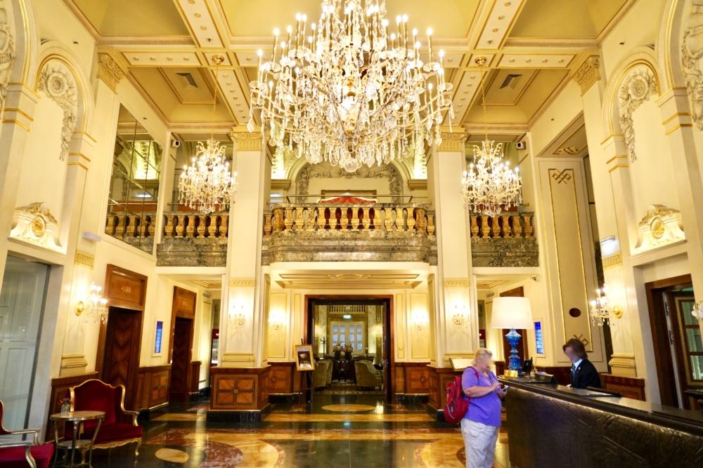 ホテルインペリアルウィーンのメインロビー