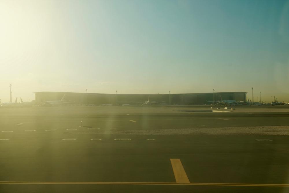 ブリティッシュ・エアウェイズ・BA122便ファーストクラス・カタールを出発