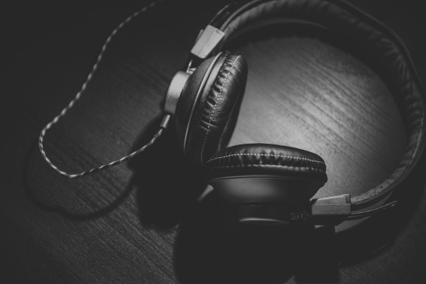 Jeg er blevet vild med at lytte til podcasts