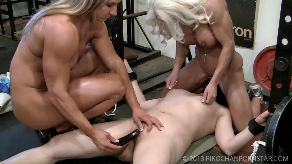 Nina hartley meets her new neighbor - 2 part 6