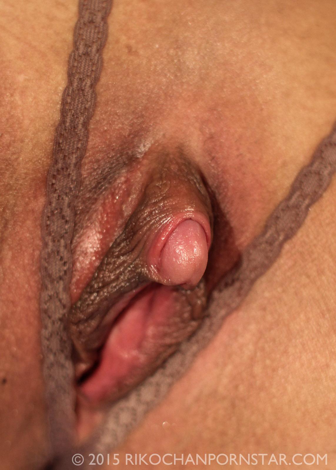 open black wet pussy