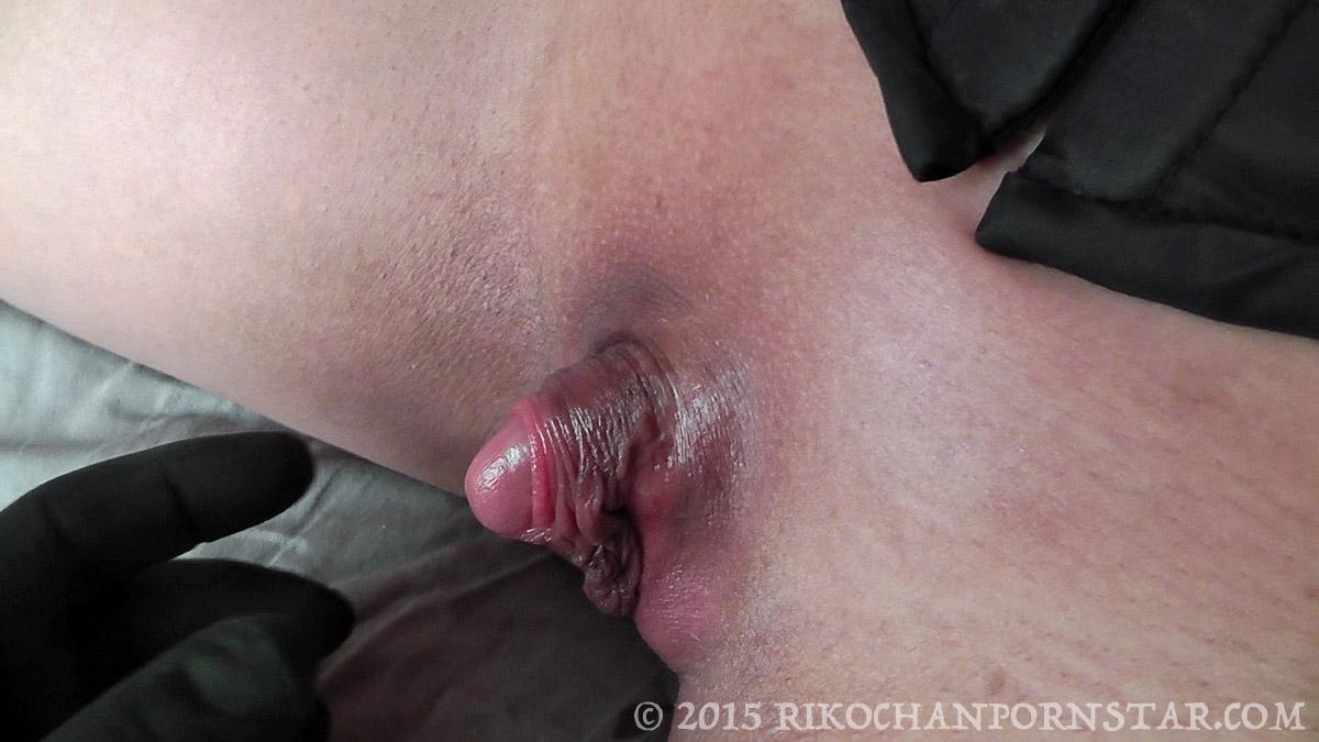 Huge clitoris pumping videos