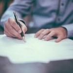 離婚届の記入後、提出期限はあるの?いつまで有効?