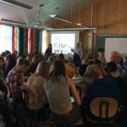 Full konsentrasjon fra de vel 80 elevene når vi gjennomgår hvordan man setter opp sin egen blogg.