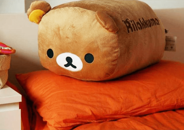rilakkuma-fat-pillow-3