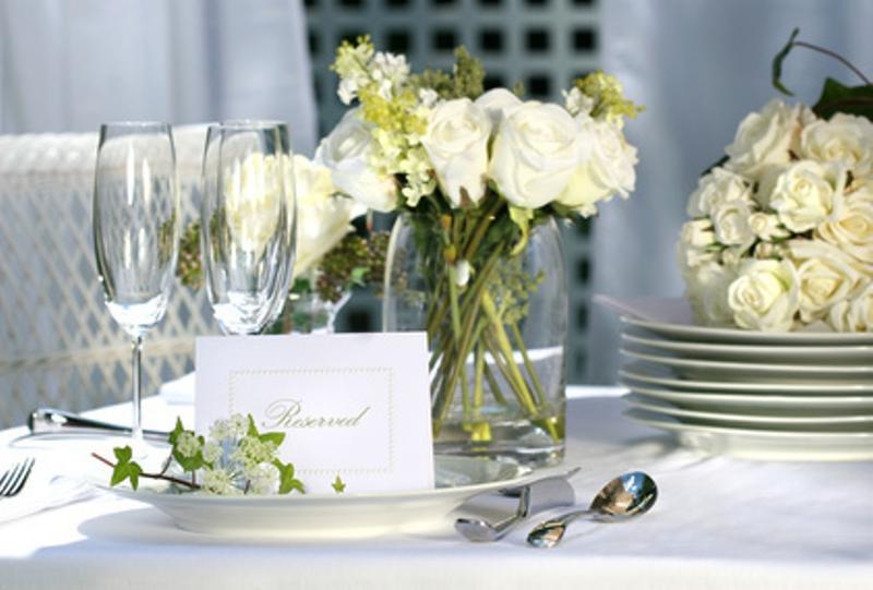10 Creative Engagement Party Decoration Ideas