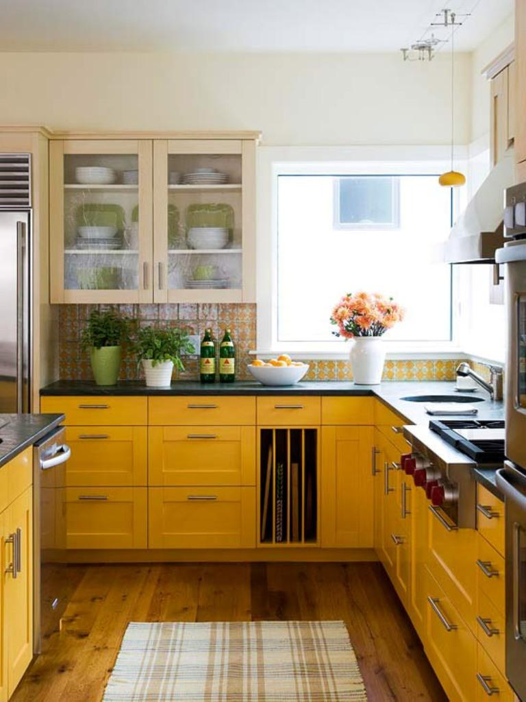 15 Bright and Cozy Yellow Kitchen Designs