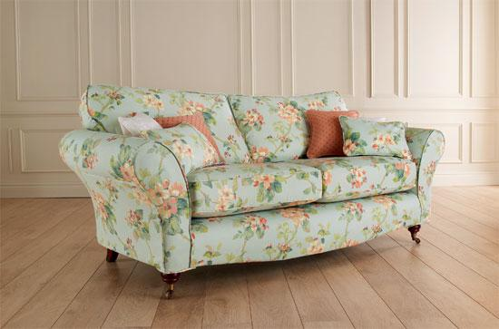 Cottage Style Leather Sofas
