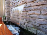 10 Stoned Water Walls for the Outdoors - Rilane