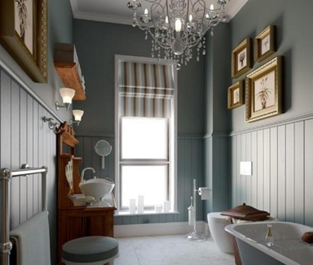 Narrow Victorian Bathroom