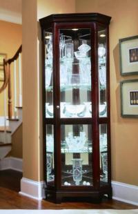 10 Chic and Elegant Kitchen Glass Cupboards - Rilane