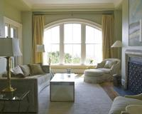 20 Sumptuous Living Room Designs with Arched Windows