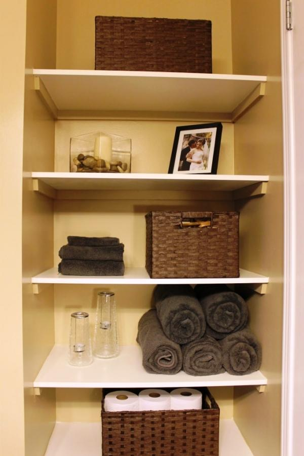 10 Practical Bathroom Basket Organizers